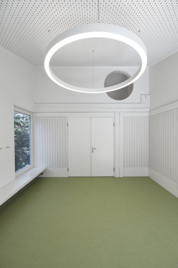 Schulhaus Ebikon_20160907_1349