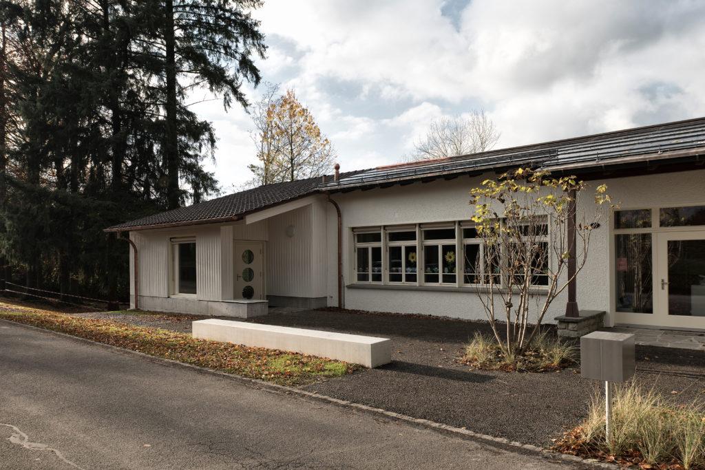Schulhaus_Ebikon_20161112_1773klein